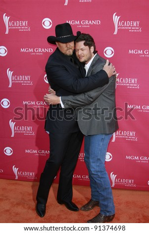 LAS VEGAS - APRIL 5: Trace Atkins; Blake Shelton at the 44th annual Academy Of Country Music Awards held at the MGM Grand on April 5, 2009 in Las Vegas, Nevada - stock photo