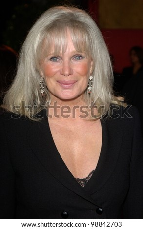 LINDA EVANS at the 30th Annual People's Choice Awards in Pasadena, CA. January 11, 2004  Paul Smith / Featureflash - stock photo