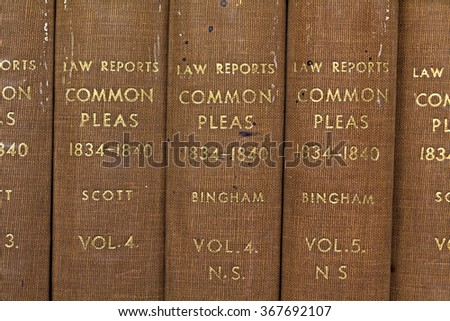 LIVERPOOL 16TH JANUARY 2016 Old library Law reports common pleas 1834-1840 - stock photo