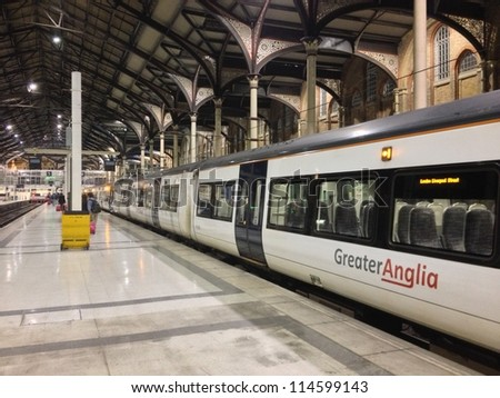LONDON - SEP 27: Liverpool Street Station is empty after last train arrives in the night. Opened in 1874, it is the terminus of two main lines, September 27,2012 in London. - stock photo