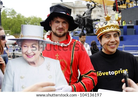 LONDON, UK, JUNE 1: Preparation and decoration of the Mall and Buckingham Palace for the Queen's Diamond Jubilee on June 1, 2012 in London. The main celebrations will be held  from June 2 to June 5. - stock photo