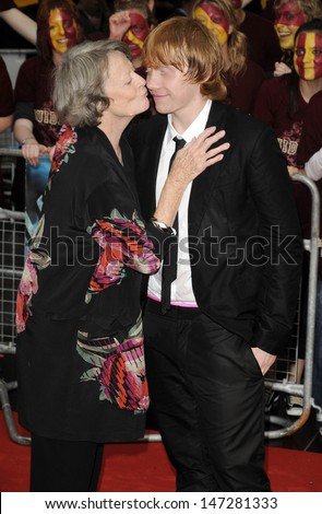 London, UK. Maggie Smith and Rupert Grint at the World Premiere of 'Harry Potter and ther Half Blood Prince' at the Odeon Leicester Square, London.  7th July 2009. - stock photo