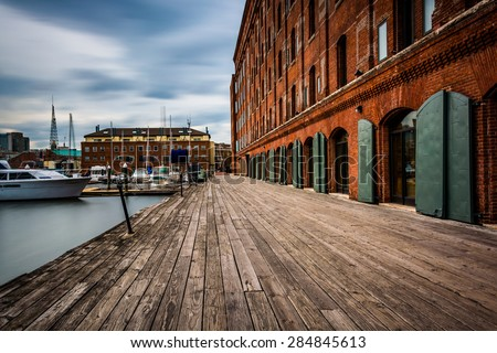 Long exposure of The Inn at Henderson's Wharf along the waterfront in Fells Point, Baltimore, Maryland - stock photo