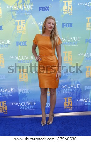 LOS ANGELES - AUG 7: Blake Lively arrives at the 2011 Teen Choice Awards held at Gibson Amphitheatre on August 7, 2011 in Los Angeles, California - stock photo