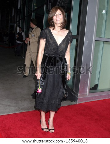 """LOS ANGELES - AUGUST 11: Catherine Keener arriving at the """"40 Year Old Virgin"""" Premiere at Arc Light Theaters August 11, 2005 in Los Angeles, CA. - stock photo"""