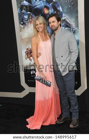 Kaitlin Olson and rob mcelhenney 2013