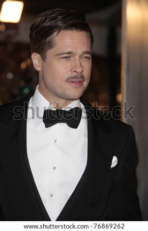 LOS ANGELES - DEC 8: Brad Pitt at the premiere of 'The Curious Case of Benjamin Button' in Los Angeles, California on December 8, 2008. - stock photo