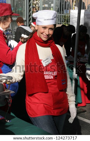 LOS ANGELES - DECEMBER 22: Jennifer Love Hewitt at the Annual Los Angeles Mission Christmas Event December 22, 2006 in Los Angeles, CA. - stock photo