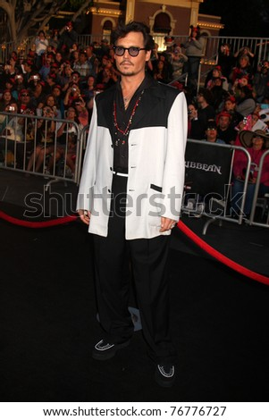 """LOS ANGELES - MAY 7:  Johnny Depp arriving at the """"Pirates of The Caribbean: On Stranger Tides"""" World Premiere at Disneyland on May 7, 2011 in Anaheim, CA - stock photo"""
