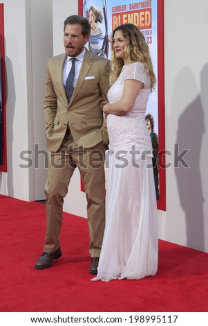 """LOS ANGELES - MAY 21:  Will Kopelman, Drew Barrymore at the """"Blended"""" Premiere at TCL Chinese Theater on May 21, 2014 in Los Angeles, CA - stock photo"""