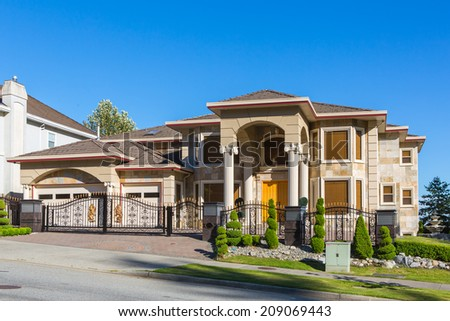 Luxury house at sunny day in British Columbia, Canada. - stock photo