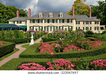 Manchester Village, Vermont - Sepember 18, 2014:  East Front of Hildene, Robert Todd Lincoln's 1905 Georgian Revival Summer home and its formal gardens - stock photo