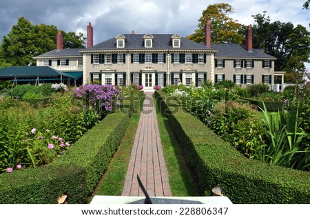 Manchester Village, Vermont - September 17, 2014:  East Front of Hildene,Robert Todd Lincoln's 1905 Georgian Revival Summer home and its formal gardens - stock photo
