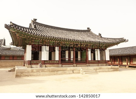 Manchunjeon, or the Eastern Council Hall, is one of three council buildings immediately behind the main building and throne room of the Korean Gyeongbokgung Palace complex in Seoul, Korea. - stock photo