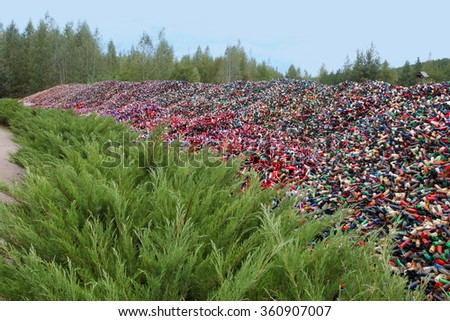 Many used empty cartridges from a shotgun cartridges - stock photo