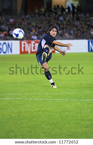 Melbourne Victory FC vs Gamba Osaka - Telstra Dome, 9th April '08 (#14 CACERS, Adrian) - stock photo