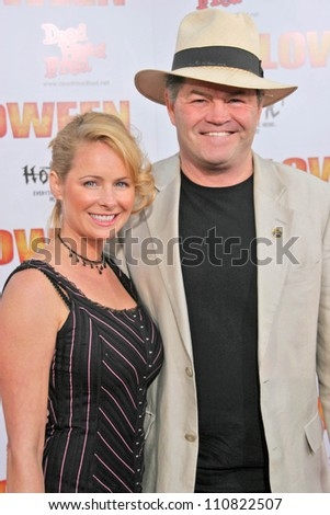 """Mickey Dolenz and wife Donna at the Los Angeles Premiere of """"Halloween"""". Grauman's Chinese Theatre, Hollywood, CA. 08-23-07 - stock photo"""