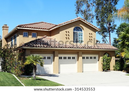 MISSION VIEJO, CA-AUGUST, 2015:  Executive home in an Orange County, California planned community. - stock photo