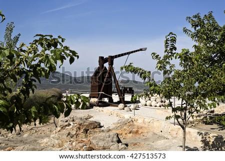 Model of a catapult in exhibition in the Fortaleza de La Mota, Spain - stock photo
