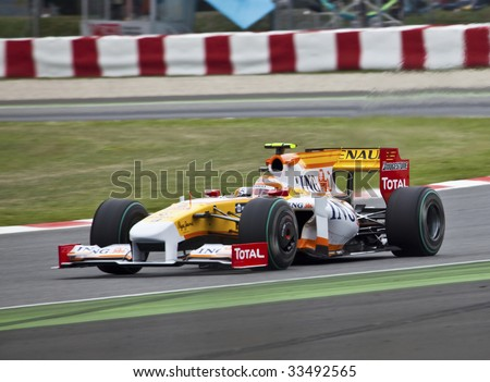 MONTMELO, SPAIN - MAY 10: Formula 1 team Renault participates in the Spanish Grand Prix at the Circuit de Catalunya on May 10, 2009 in Montmelo, Spain.  Fernando Alonso finished in 5th place. - stock photo