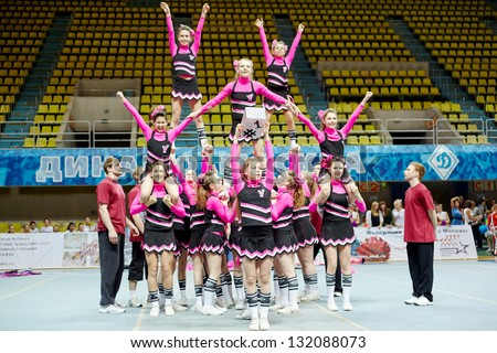 moscow mar 24 cheerleaders  Pretty Girl Cheer Stunt