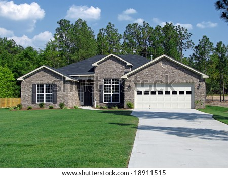 new single family home in beautiful community - stock photo