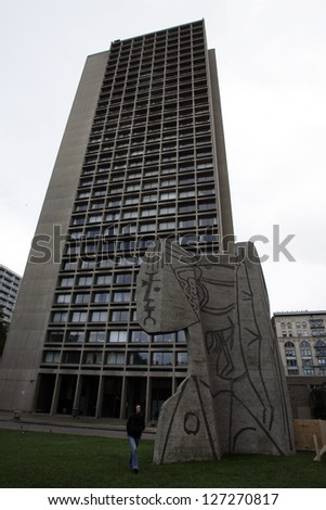 NEW YORK CITY - OCTOBER 31: In the yard of I.M. Pei's University Village stands an 60-ton concrete enlargement of a Picasso's sculpture, Bust of Sylvette in New York City on Friday, October 31, 2008. - stock photo