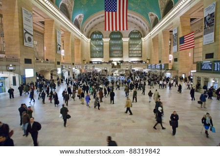 NEW YORK, JANUARY 29: commuters and tourists in the grand central station  in January 29, 2010 in New York. It is the largest train station in the world by number of platforms: 44, with 67 tracks - stock photo