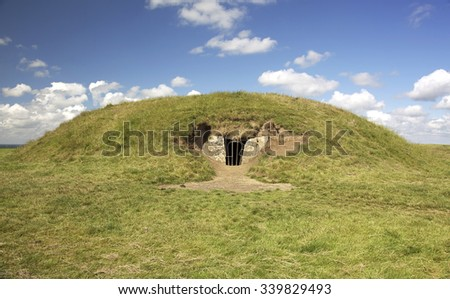 Newgrange Megalithic Passage Tomb 3200 BC - a World Heritage Site by UNESCO.  County Meath, Ireland - stock photo