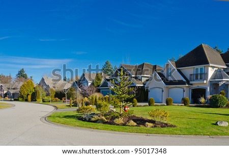 Neighborhood stock photos images pictures shutterstock for Nice houses in canada