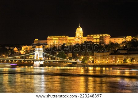 Night view of Chain bridge and royal palace in Budapest, Hungary - stock photo