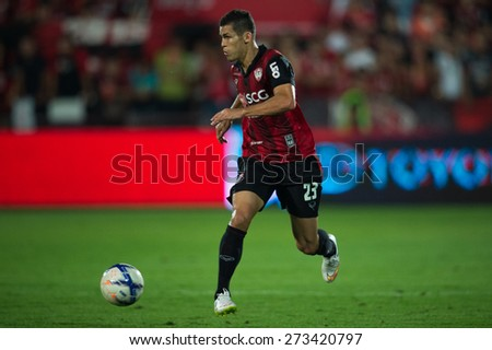 NONTHABURI THAILAND-FEBRUARY 21:	Cleiton Silva  of Muangthong utd. control the ball during Thai Premier League between Muangthong Utd.and Buriram United at SCG  Stadium on Feb 21, 2015,Thailand - stock photo