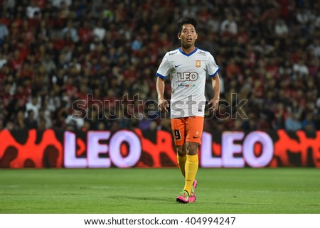 NONTHABURI-THAILAND MAR9:Thanasit Siriphala of Bangkok Glass FC in action during Thai Premier League 2016 Muangthong Utd and Bangkok Glass FC at SCG Stadium on March 9,2016 in Nonthaburi,Thailand - stock photo