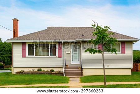North American bungalow from the seventies. - stock photo