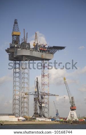 Oil rig 4 - stock photo