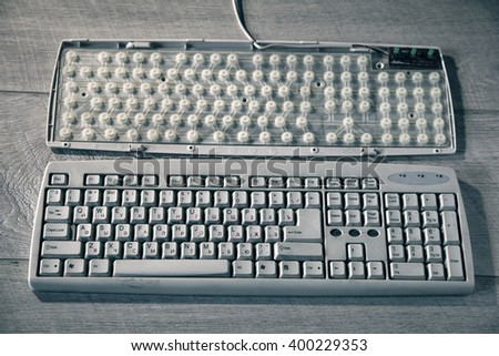 how to clean inside a computer keyboard