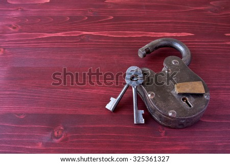 Old-fashioned lock and keys - stock photo