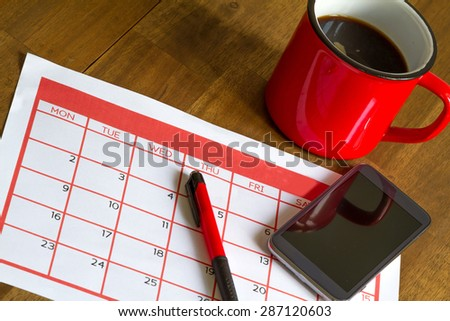 Organizing monthly activities and appointments in the calendar