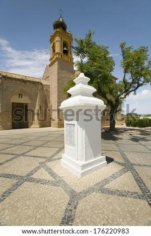 Palos Crew Monument in front of San Jorge M�¢?�¡rtir, The Church of Saint George Martyr, where Christopher Columbus and sailors prayed August 3, 1492, Palos de la Frontera, Huelva, Southern Spain. - stock photo