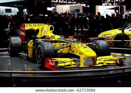 PARIS, FRANCE - SEPTEMBER 30: Paris Motor Show on September 30, 2010 in Paris, showing Robert Kubica's Formula 1 Renault racing team car, front view - stock photo