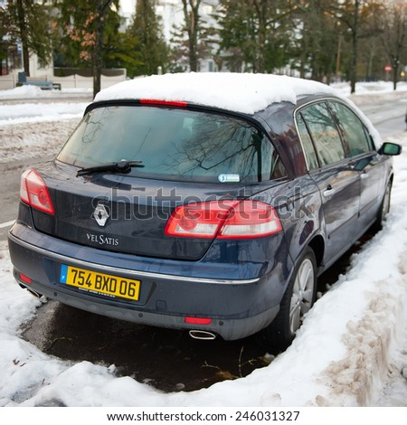 PARNU-DEC 31: Renault Vel Satis on Dec. 31, 2014 in Parnu, Estonia. The Renault Vel Satis was an executive car produced by the French manufacturer Renault. It replaced the already-discontinued Safrane - stock photo