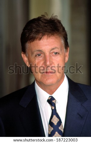 Paul McCartney at the Redbook Mothers and Shakers Awards, NYC, 9/10/2001 - stock photo