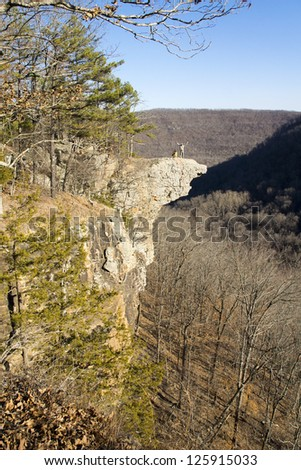 People on the stone cliff in the mountains. Hawksbill Grag,  Upper Buffalo Wilderness Area, Arkansas - stock photo