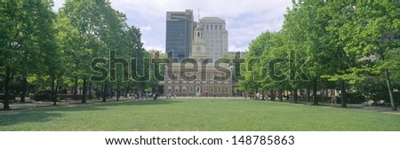 PHILADELPHIA, PA - CIRCA 1990's: Independence Hall, Philadelphia, Pennsylvania - stock photo