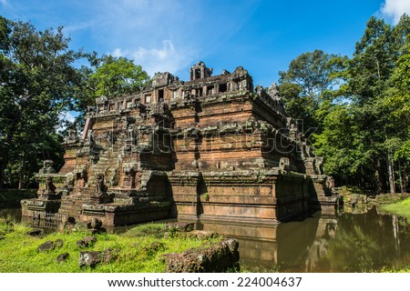 Phimeanakas or Vimeanakas  at Angkor, Cambodia, is a Hindu temple in the Khleang style, built at the end of the 10th century, during the reign of Rajendravarman - stock photo