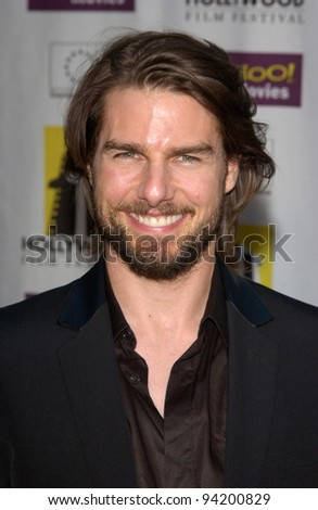 Producer/actor TOM CRUISE at the premiere of his new movie NARC, which he produced. The movie was the closing film for the Hollywood Film Festival. 06OCT2002.    Paul Smith / Featureflash - stock photo