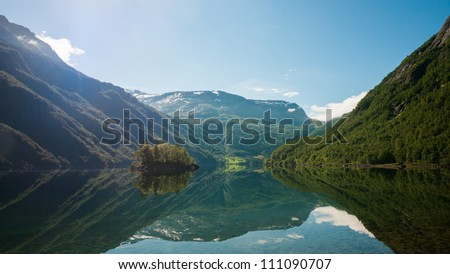 R�¸ldalsvatnet, a lake in the municipality of Odda in Hordaland county, Norway - stock photo