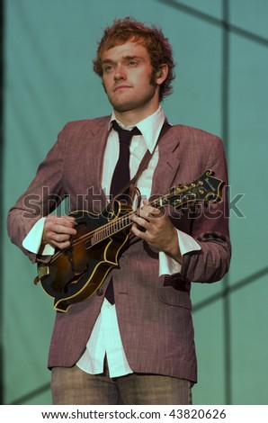nickel creek mandolin tabs when in rome saying means