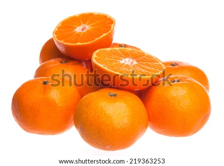 Ripe seedless satsumas (Citrus unshiu) - stock photo
