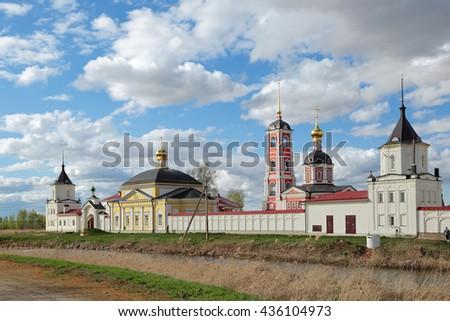 Russia, Yaroslavl Oblast, Rostov Veliky city (Golden Ring). The Trinity-Sergiev Varnitsky monastery. Founded in 1427 - stock photo